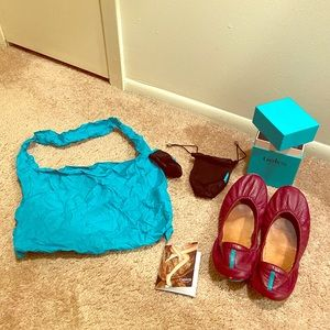 GUC Tieks in Burgundy size 9